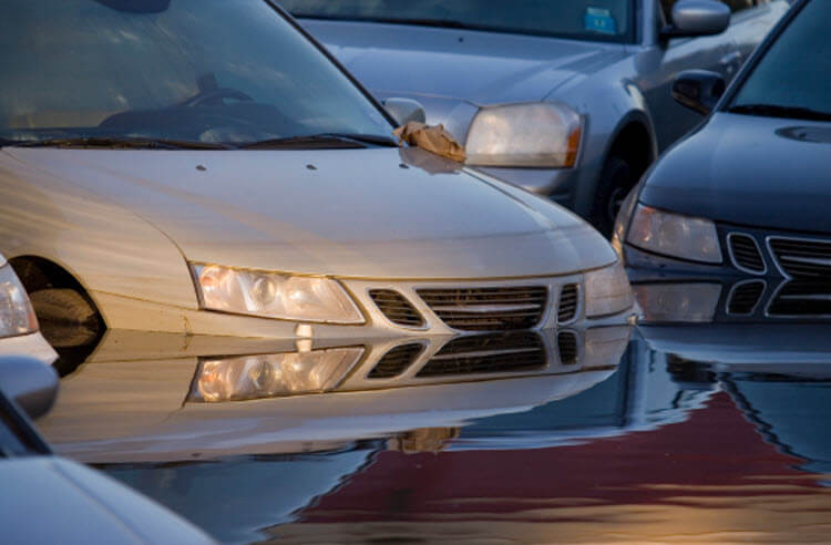 How to Avoid Buying a Flood Damaged Used Car article header