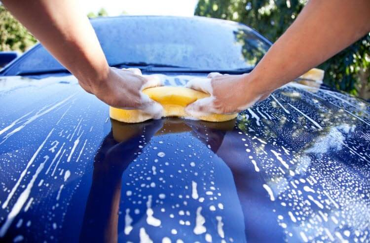 How to Wash Your Car by Hand article header
