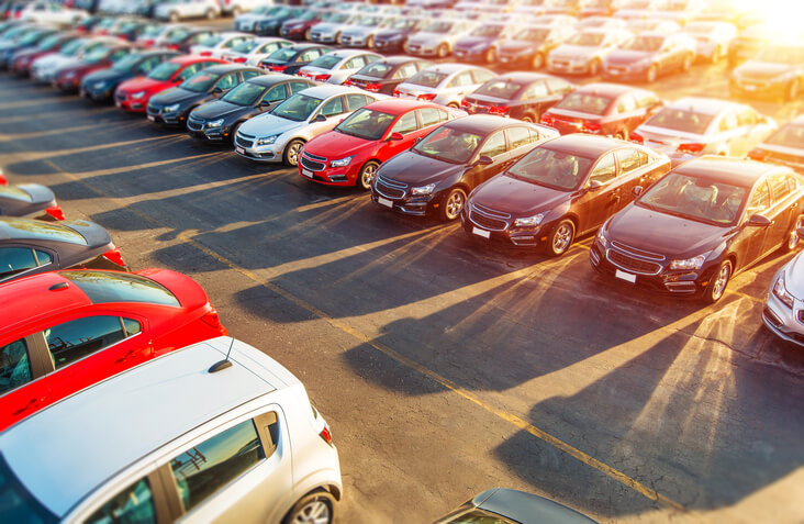 Should I Buy a New or Used Car? article header